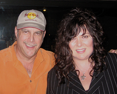 Off The Record w/uncJoe and Ann Wilson of Heart 400x321px