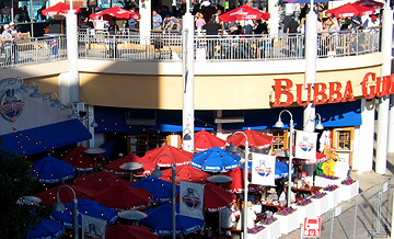 Wideshot of Bubba Gumps.