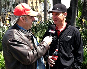 Unc interviewing Clint Bowyer.