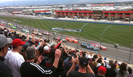 Right race crowd shot.