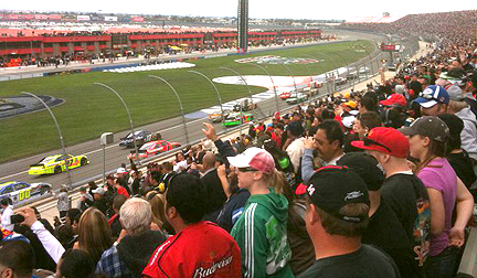 Left race crowd shot.